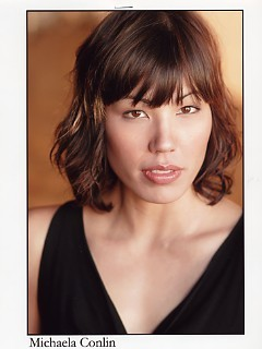 Michaela Conlin wallpaper with a portrait titled Michaela