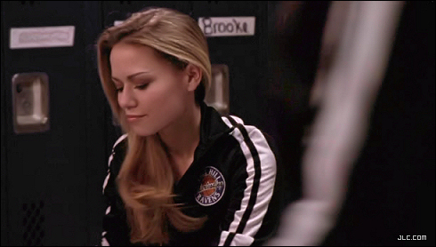 One Tree Hill-Bethany as Haley James Scott 3.11 Return of the Future