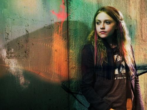 Cassie Holmes, Film, Movie, Heróis