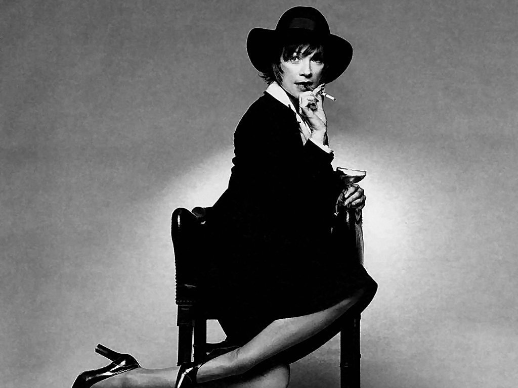 Shirley MacLaine - Picture
