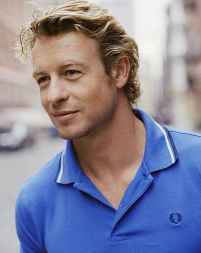 Simon Baker karatasi la kupamba ukuta probably containing a portrait entitled Simon Baker