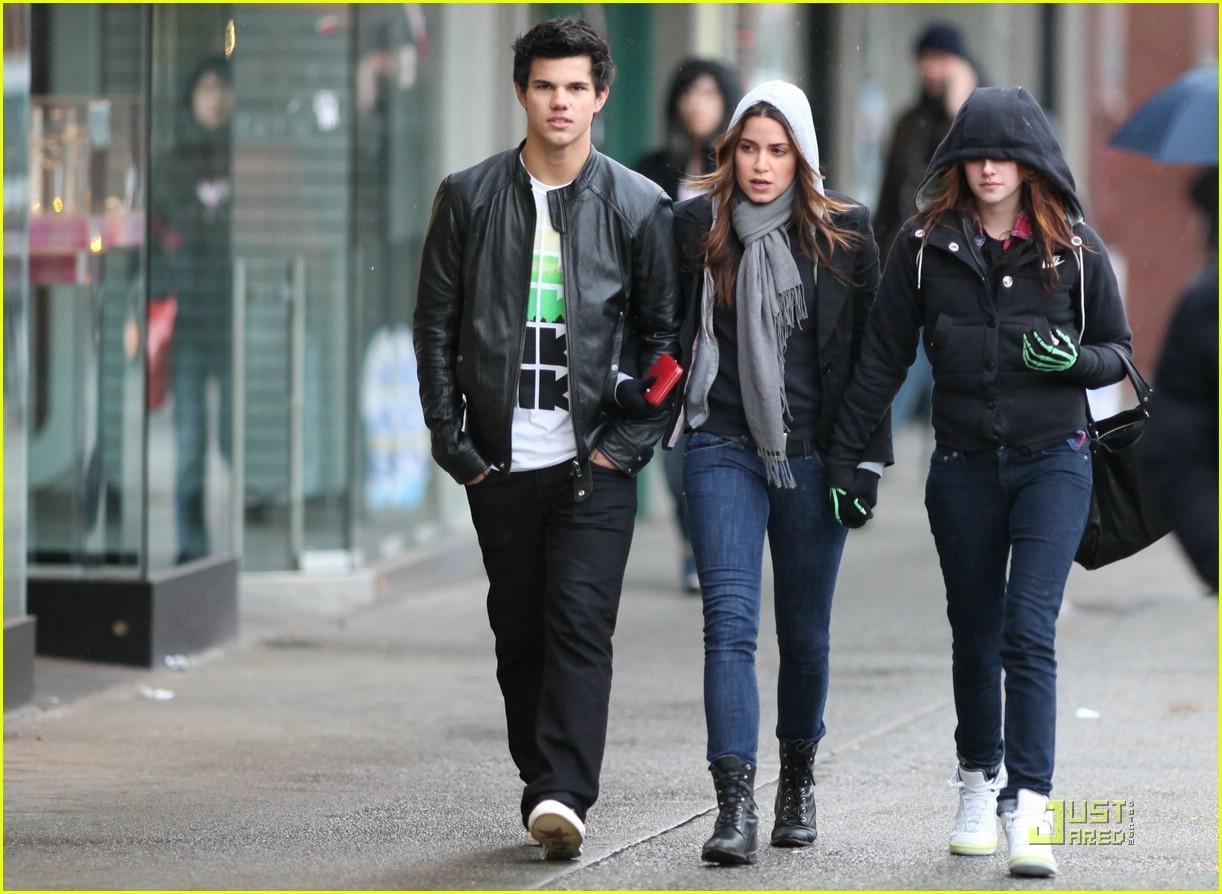 Taylor, Kristen & Nikki