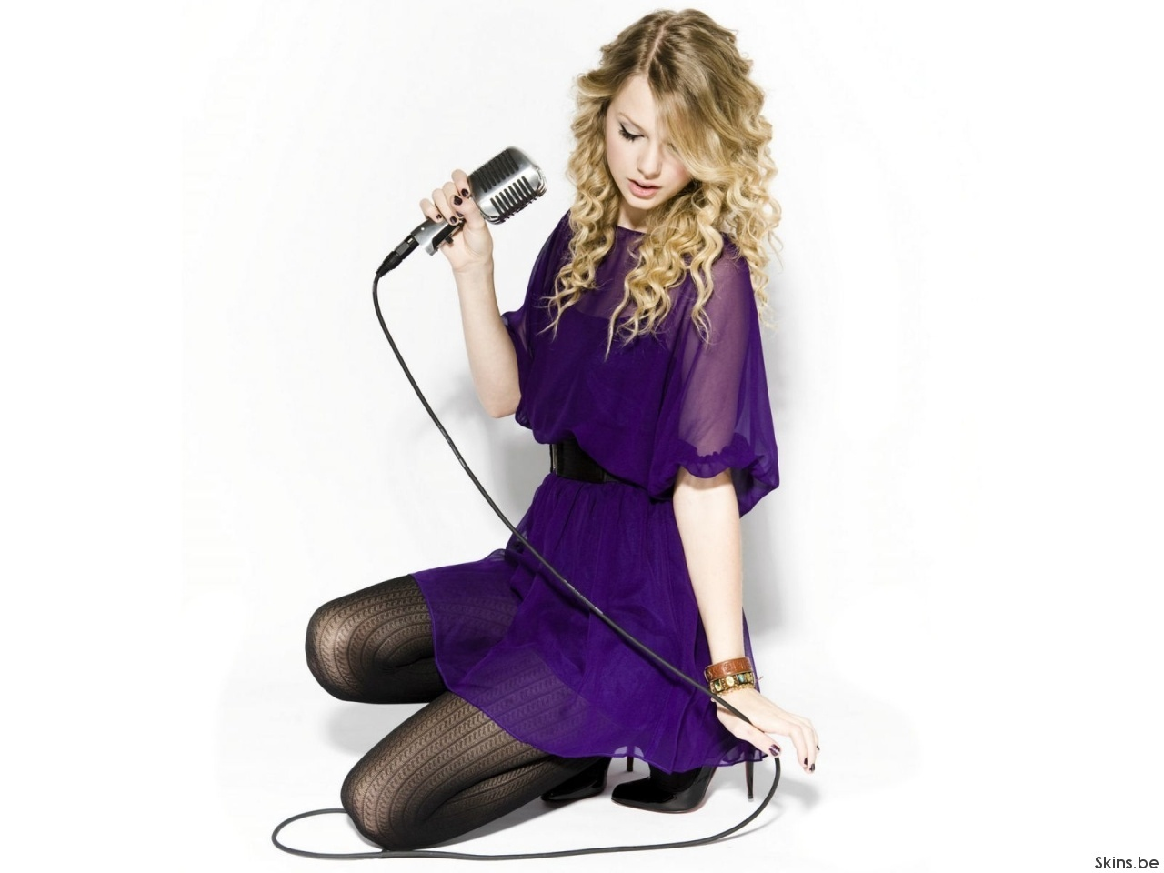Taylor Swift - Taylor ... Taylor Swift
