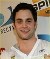 penn badgley - dan-humphrey photo