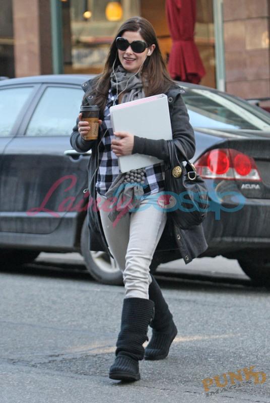 Ashley Greene (Vancouver)