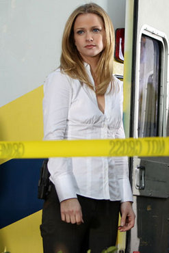 """Jennifer """"JJ"""" Jareau wallpaper possibly containing a hip boot and a well dressed person titled JJ"""
