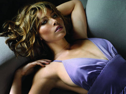 jessica biel wallpaper possibly with attractiveness, a chemise, and a bustier, bustiê entitled Jessica Biel