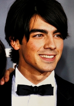 Joe Jonas wallpaper entitled Joe