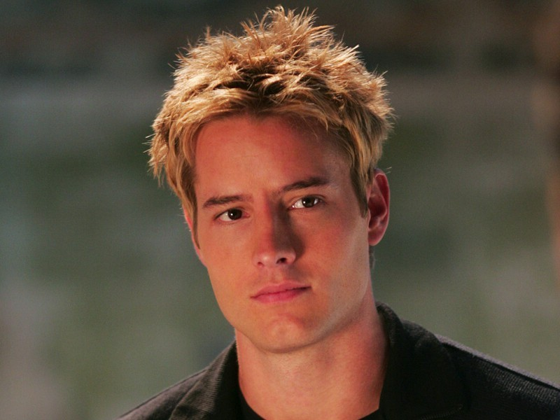 Classify Green Arrow(Justin Hartley)