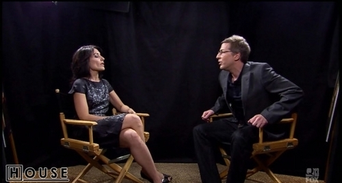 Lisabians Hintergrund probably with a business suit entitled Lisa Edelstein: Talkshow with Spike Feresten