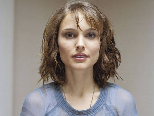 natalie portman wallpaper containing a portrait called Natalie Portman