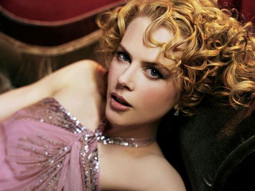 Nicole Kidman kertas dinding containing a bridesmaid called Nicole Kidman