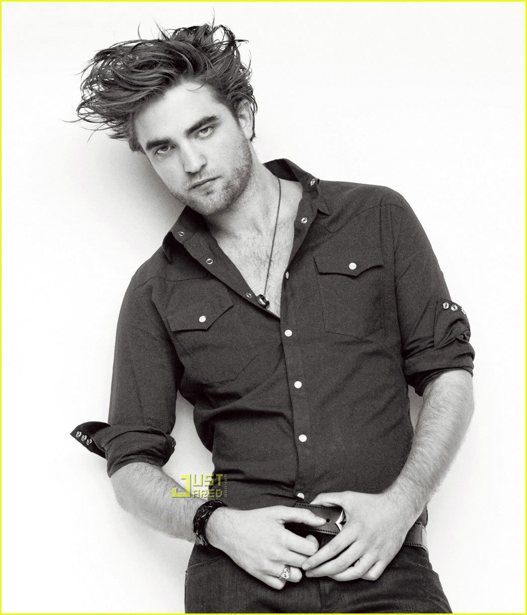 http://images2.fanpop.com/images/photos/4800000/Robert-Pattinson-GQ-robert-pattinson-4822402-1047-1222.jpg
