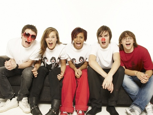 skins Cast (Red Nose Day) March/09