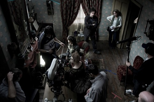Tim burton kertas dinding entitled Sweeney Todd behind the scenes