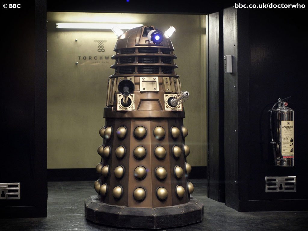 [Image: dalek-the-creatures-of-doctor-who-4839638-1024-768.jpg]