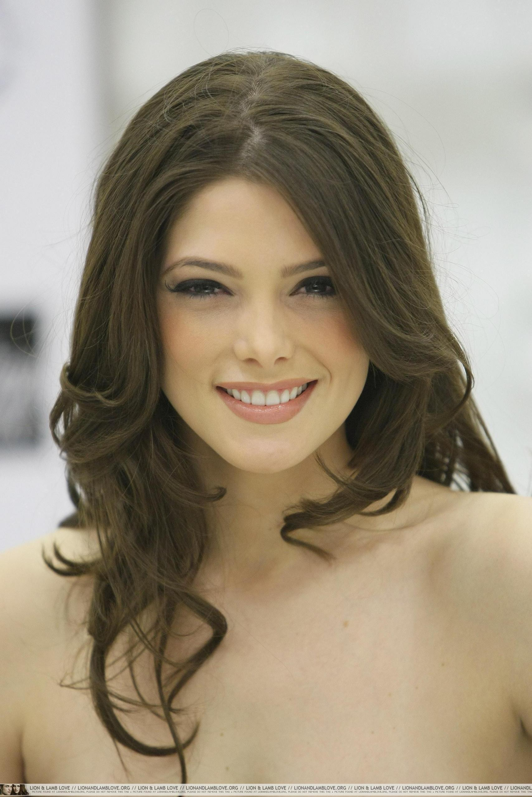 Ashley Greene Twilight Star