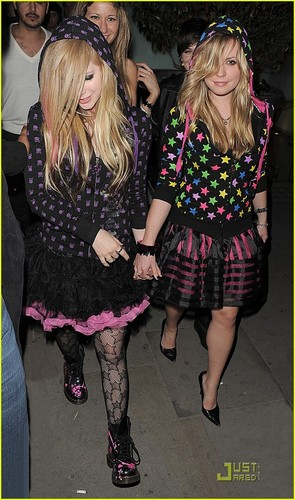 Avril Lavigne (at a Nightclub)