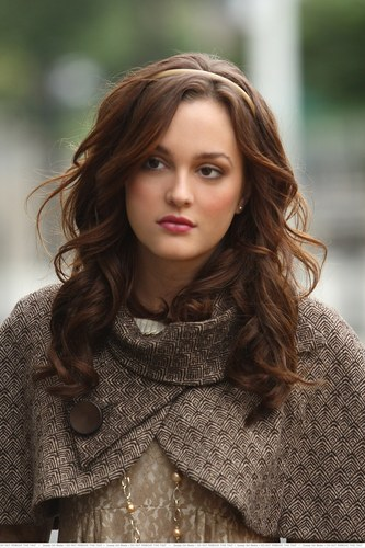 Blair Waldorf wallpaper possibly with a pullover and a portrait titled Blair Waldorf Stlls HQ (season 1)
