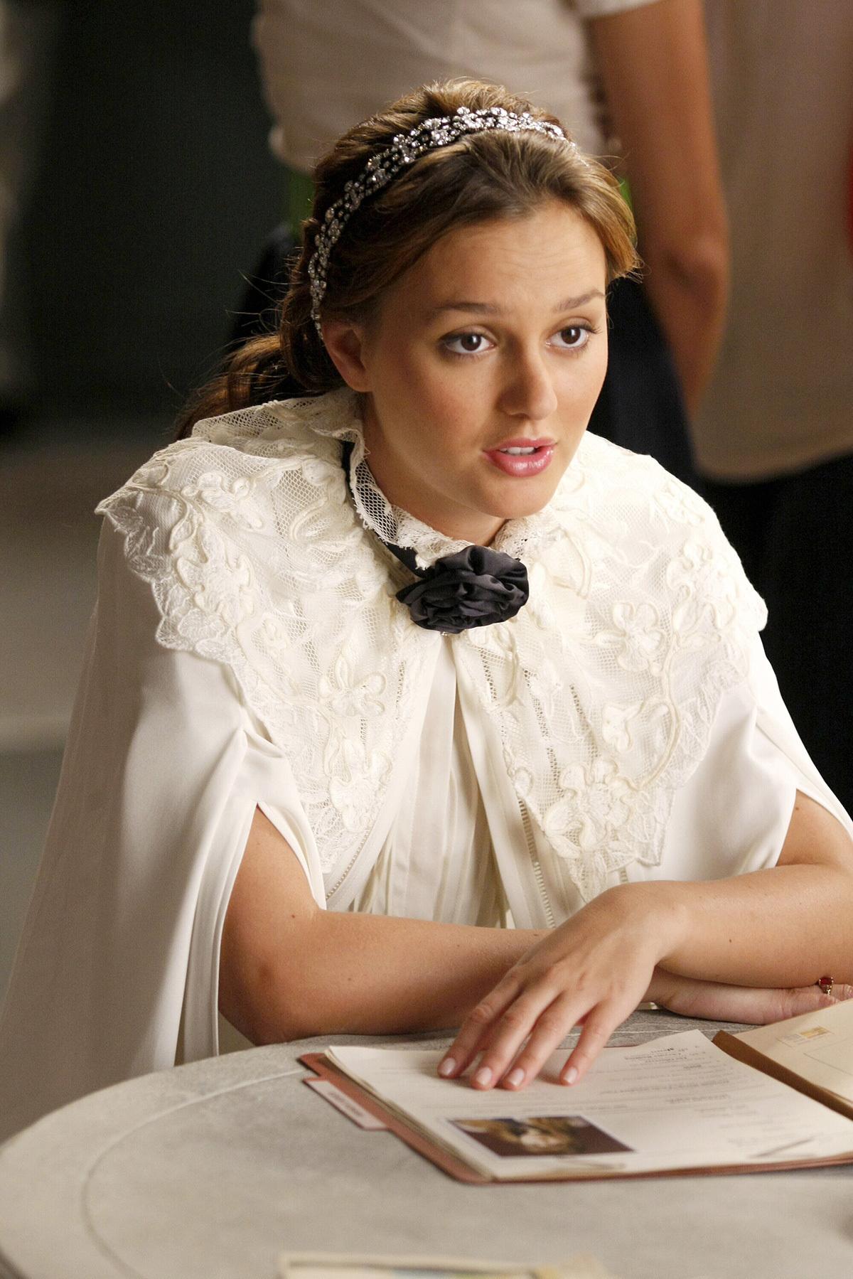 101 best Gossip Girl Season 2 images on Pinterest | Gossip ...  |Blair Waldorf Hair Season 2