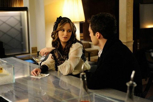 Blair Waldorf Stlls HQ (season 2)