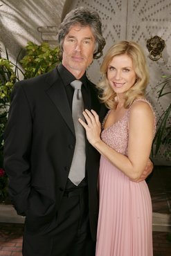 The Bold and the Beautiful fond d'écran with a business suit titled Brooke & Ridge