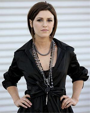 Chloe Mitchell-Elizabeth Hendrickson
