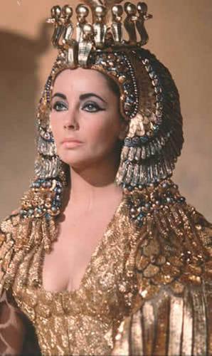 Elizabeth Taylor wallpaper titled Cleopatra