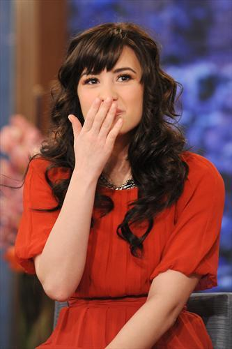 Demi on The Morning دکھائیں with Mike and Juliet