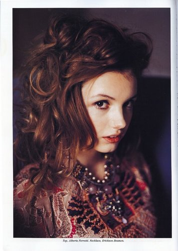 Hannah Murray in Lulu magazine