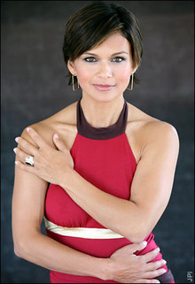 The Young And The Restless kertas dinding containing a portrait titled Karen Taylor-Nia Peeples