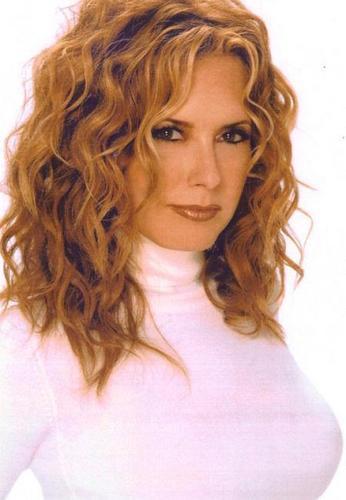 Lauren Fenmore-Tracy Bregman