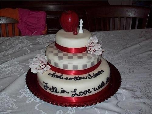 thêm twilight cakes