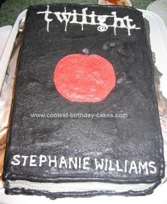plus twilight cakes