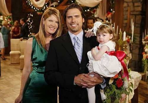 The Young And The Restless kertas dinding with a business suit entitled Nick Newman & Phyllis with their daughter Summer
