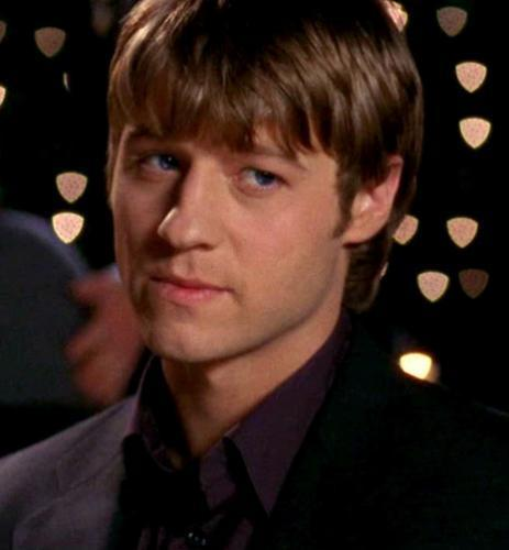 Ryan Atwood wallpaper containing a business suit, a well dressed person, and a suit entitled Ryan <3