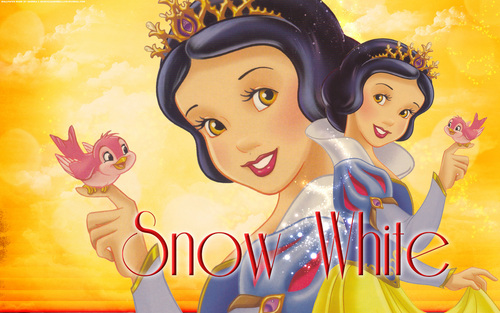 Bora ya Disney karatasi la kupamba ukuta probably with anime titled Snow White