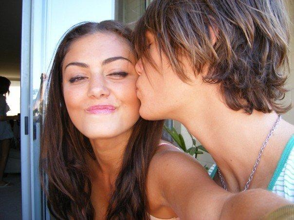Who is angus mclaren dating