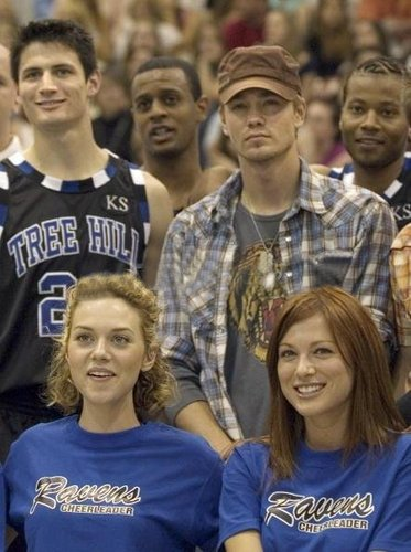 04.02.06 - 3rd Annual James Lafferty/OTH Charity bola basket Game
