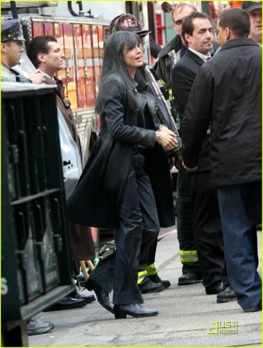 """Angelina on Set """"Salt"""""""