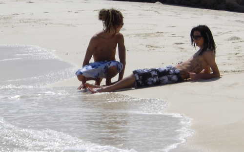 Bill & Tom on Hols... hot.