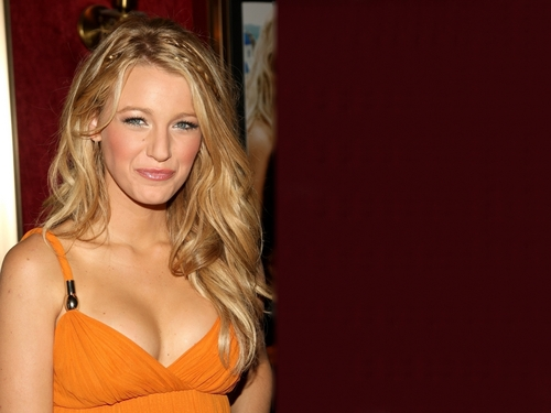 Blake Lively wallpaper possibly containing attractiveness called Blake