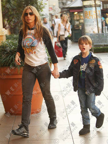 CC and son shopping