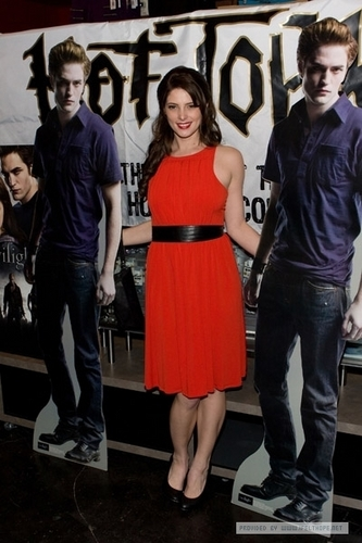 DVD Launch Party at Hot Topic