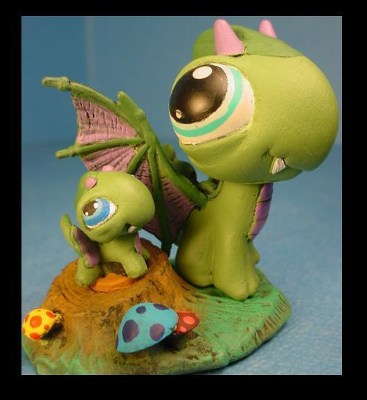 http://images2.fanpop.com/images/photos/5000000/Dragon-Custom-LPS-littlest-pet-shop-5011560-530-577.jpg