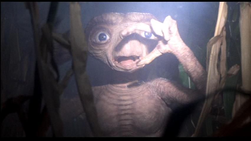 ETが驚く姿の壁紙