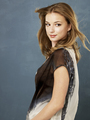 Emily VanCamp/ 3rd season promo