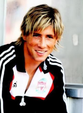 Fernando Torres wallpaper probably with a workwear, a leisure wear, and a portrait called Fernando Torres