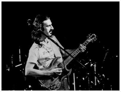 Frank Zappa wallpaper containing a guitarist called Frank Zappa (1977)