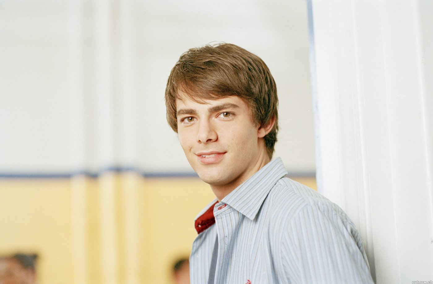 Jonathan Bennett (actor) Wallpapers